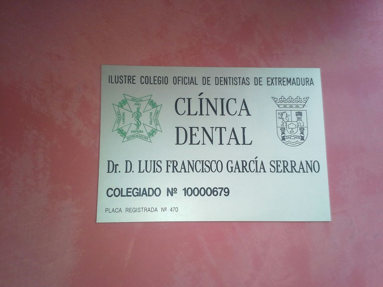 CLÍNICA DENTAL PARÍS