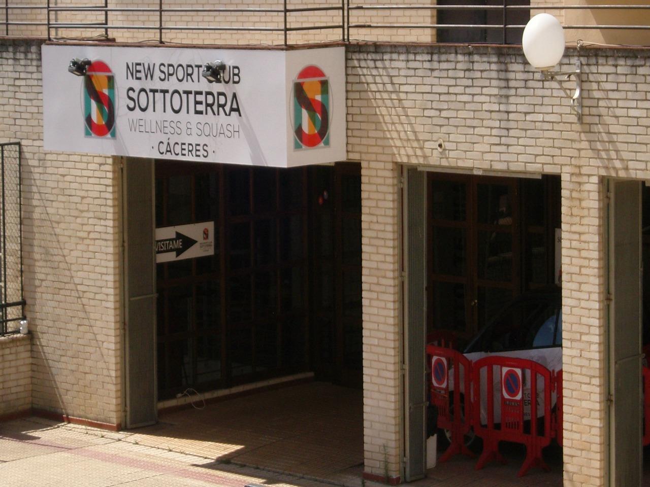 NEW SPORT CLUB SOTTOTERRA, Gimnasio económico en Cáceres,Pilates en Cáceres,Acondicionamiento Físico,Zumba,ABS,Step,Body Combat,Body Jump,Cardio Tonic