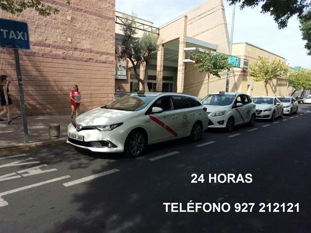 TAXI EN CÁCERES, PARADA C.C. RUTA DE LA PLATA