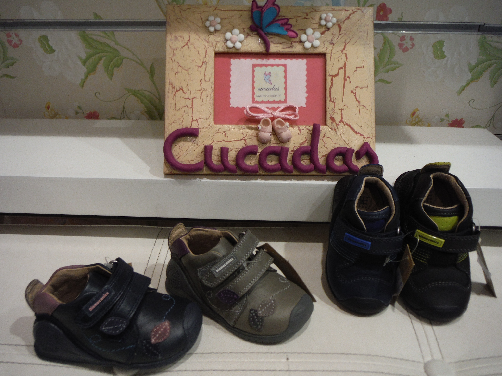 Zapatos igor madrid for Zapateria infantil