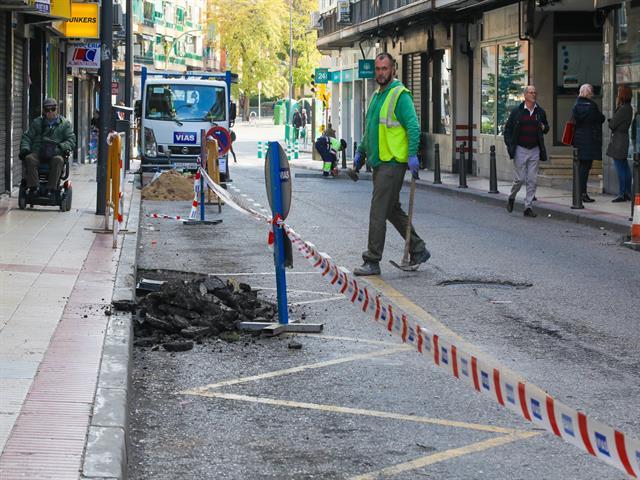 Comienza la reparación y asfaltado de la calle Pizarro