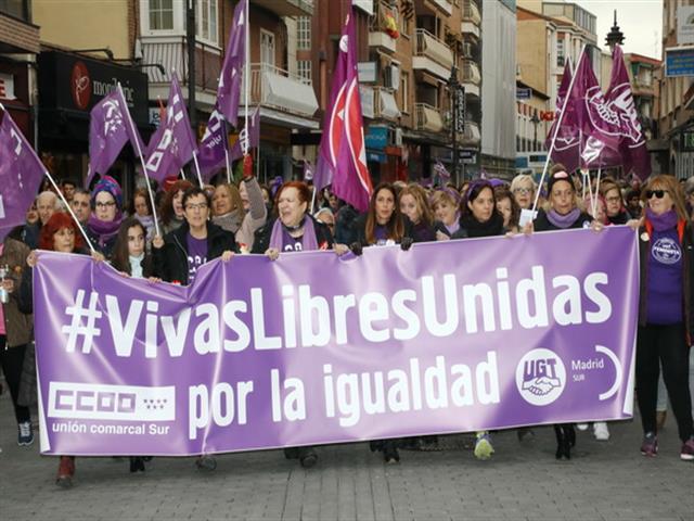Miles de vecinos y vecinas participaron en las manifestaciones feministas en Getafe