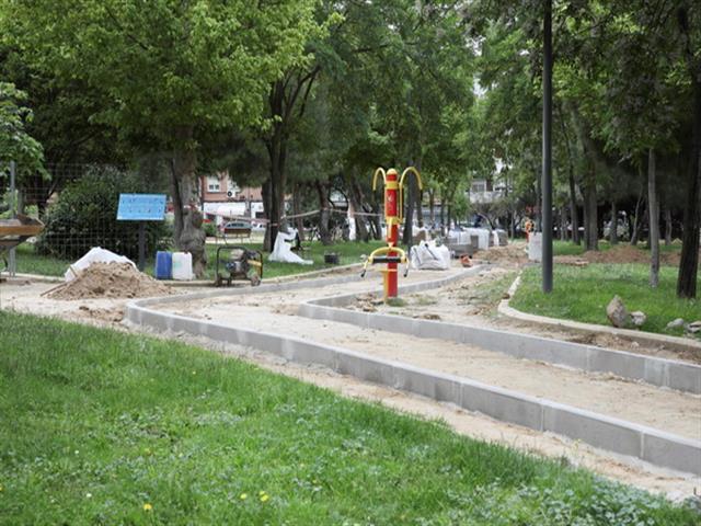El Ayuntamiento de Getafe mejora la accesibilidad del parque Andrés Fernández Lara en El Bercial
