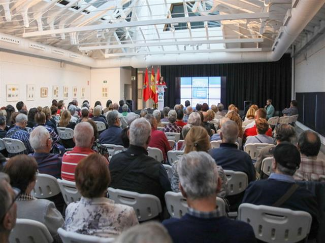 El Ayuntamiento de Getafe pone en marcha su nuevo programa 'Contigo' de acompañamiento a personas mayores solas