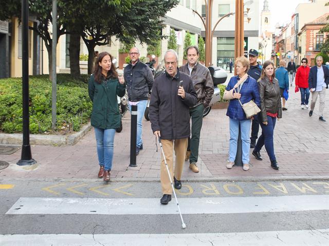El Ayuntamiento de Getafe instala un sistema pionero en semáforos para personas con discapacidad visual