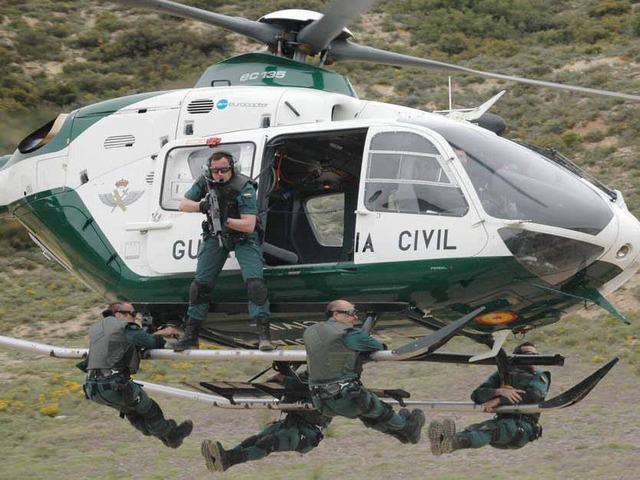 ACADEMIA FENIX, oposiciones, policía, guardia civil, ejército, preparación física
