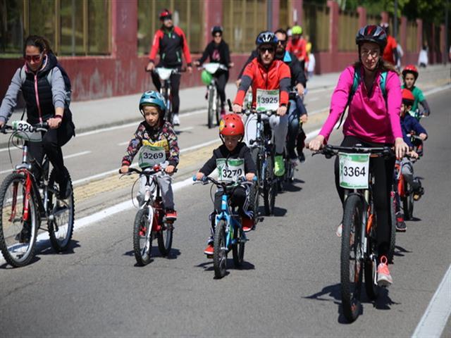 Más de 2.500 getafenses participaron en la XXXVIII Fiesta de la Bicicleta y la Rueda