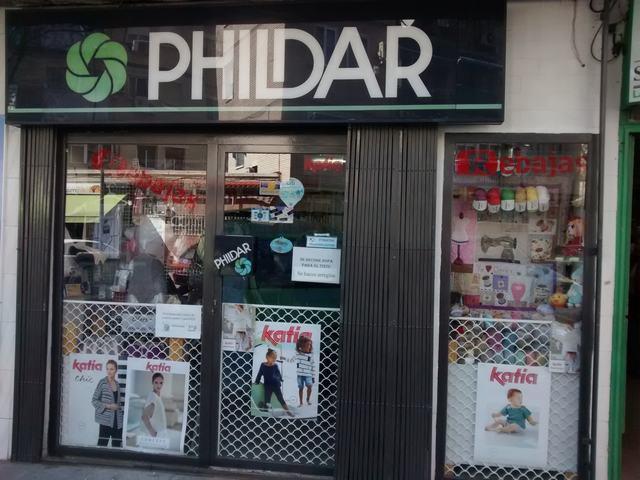 PHILDAR LANAS Y CORSETERIA