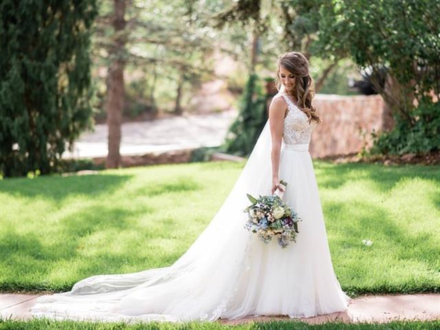 Hasta el 10% Dto. limpieza de vestidos  de novias y comunión