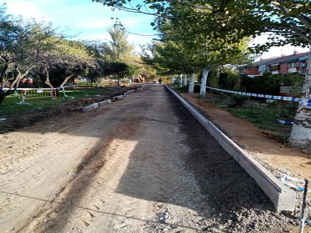 Una nueva senda facilitará el paso entre las calles José Echegaray y Francisco Chico Méndez