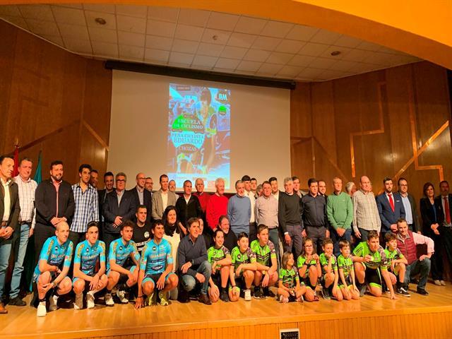 Leganés rinde homenaje a Eduardo Chozas en la presentación de la Escuela de Ciclismo que lleva su nombre