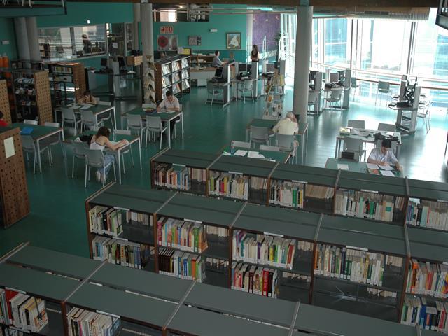 Las bibliotecas de Leganés amplían su catálogo gracias a las donaciones de varios editores