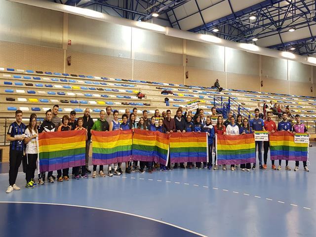 El Ayuntamiento, Legaynés y clubes locales se unen para visibilizar el carácter abierto y tolerante de Leganés en el Día contra la LGTBIfobia en el deporte
