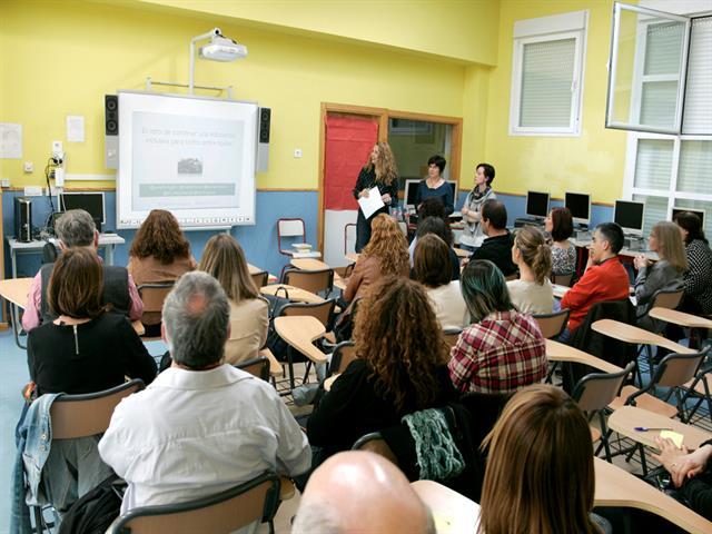 El Ayuntamiento de Leganés inicia un plan de formación para familias en centros educativos con seis talleres en noviembre y diciembre