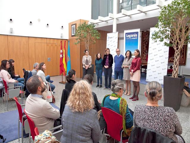 El Ayuntamiento abre sus puertas a 12 profesores franceses que visitan Leganés en un intercambio del programa ERASMUS