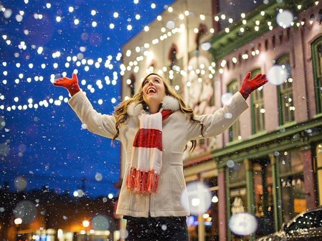 """En marcha la campaña """"De compras por Torrejón en las Mágicas Navidades"""" que premiará a los clientes que realicen sus compras en el comercio de proximidad"""