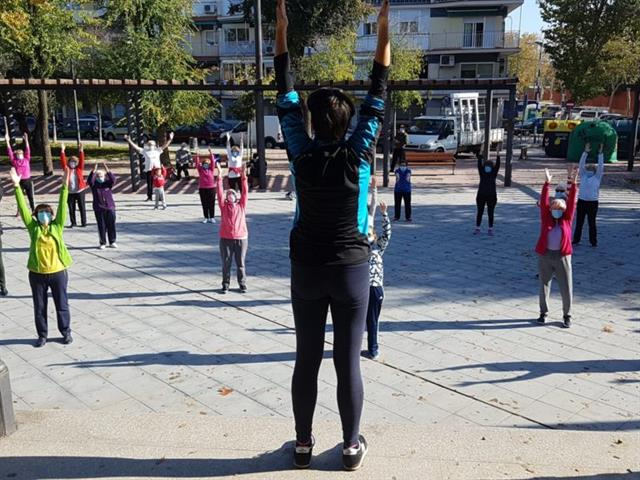Getafe pone en marcha un nuevo programa de actividades terapéuticas para personas mayores al aire libre