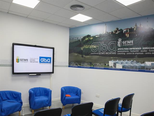 Getafe ayudará con 300.000 euros a los negocios que generen empleo este año